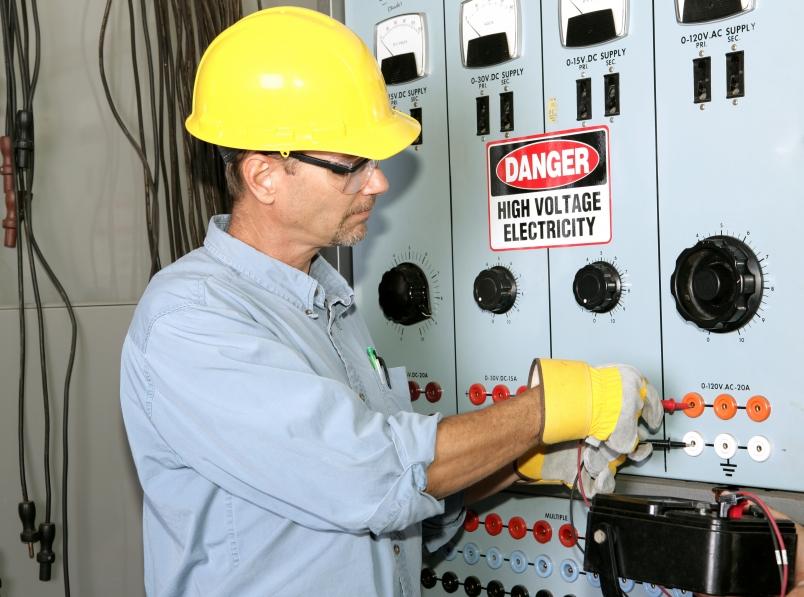 High Voltage Ppe : Intec prevencion de riesgos laborales basico sector